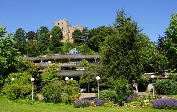 Burg Baden mit Kurhaus Badenweiler