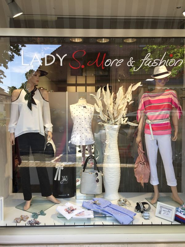 LADY S. More & fashion