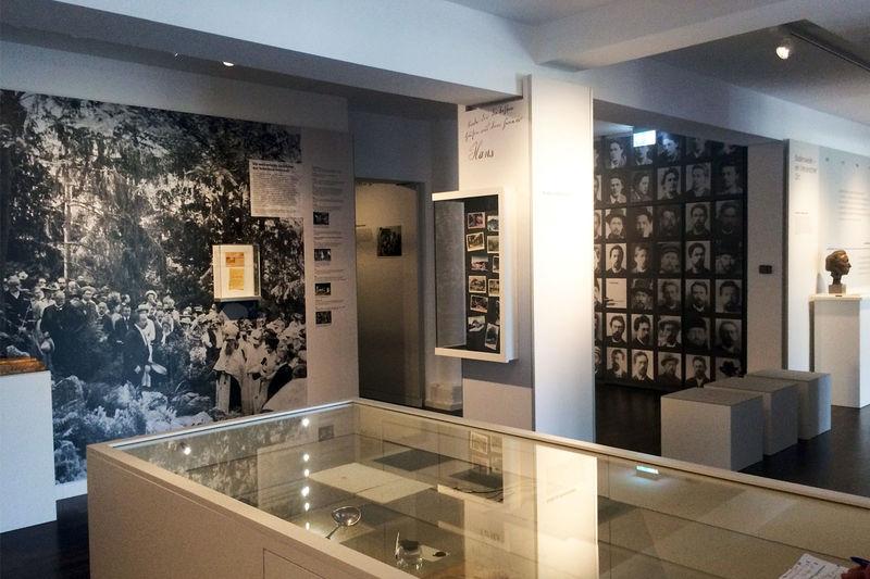 Literarisches Museum Tschechow Salon | Badenweiler Thermen und ...