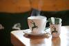 Stärken Sie sich mit einer Tasse Kaffee.