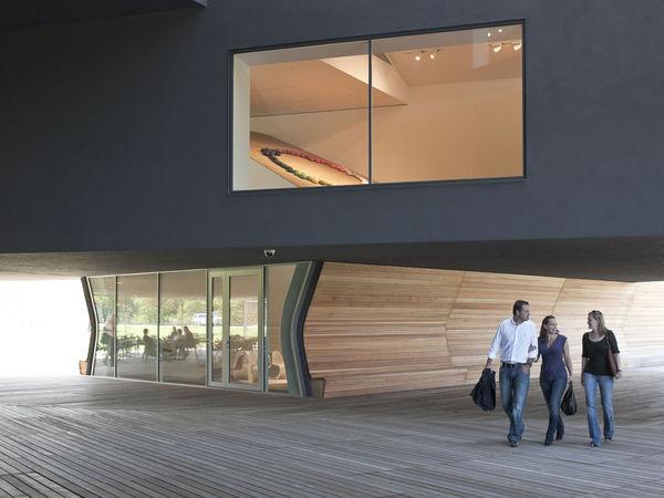 top 23 bauwerke moderner architektur in basel. Black Bedroom Furniture Sets. Home Design Ideas
