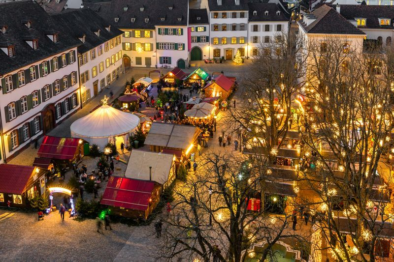 Basel Christmas Market.Christmas Market Munsterplatz Basel Com