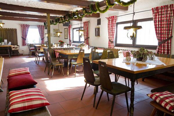 Berghaus Sonnenfels Gaststube
