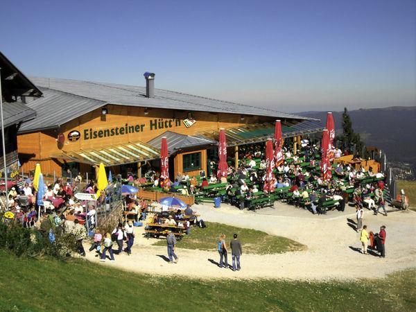 Herrliche Aussicht von der Eisensteiner Hüttn am Großen Arber im Bayerischen Wald