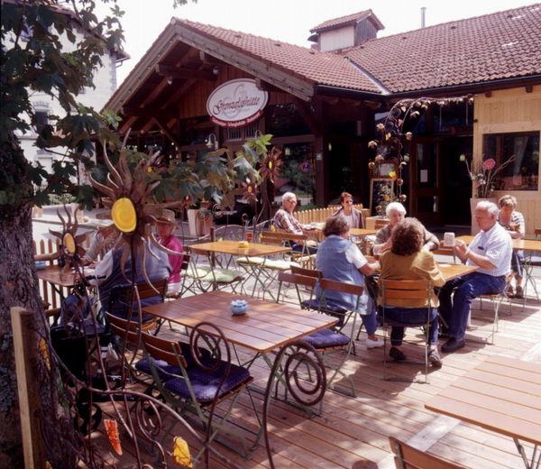 Biergarten der Grenzglashütte Bayerisch Eisenstein im Bayerischen Wald