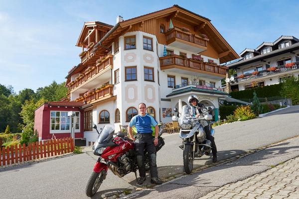Im Hotel Brunnenhof in Bayerisch Eisenstein sind Biker herzlich willkommen