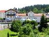 Blick auf das Hotel-Pension Grenzwald-Fischerwirt im Grenzort Bayerisch Eisenstein