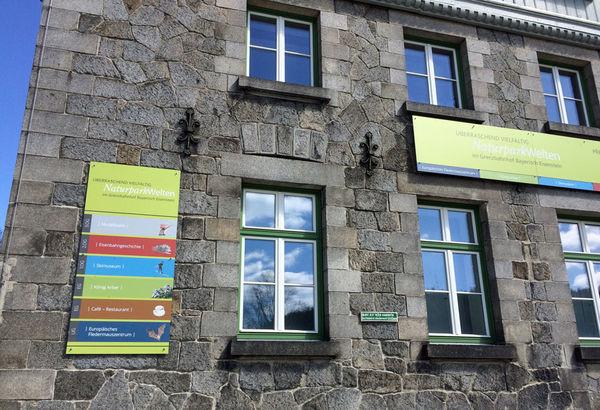 Die NaturparkWelten informative und interaktive Ausstellungen im Grenzbahnhof