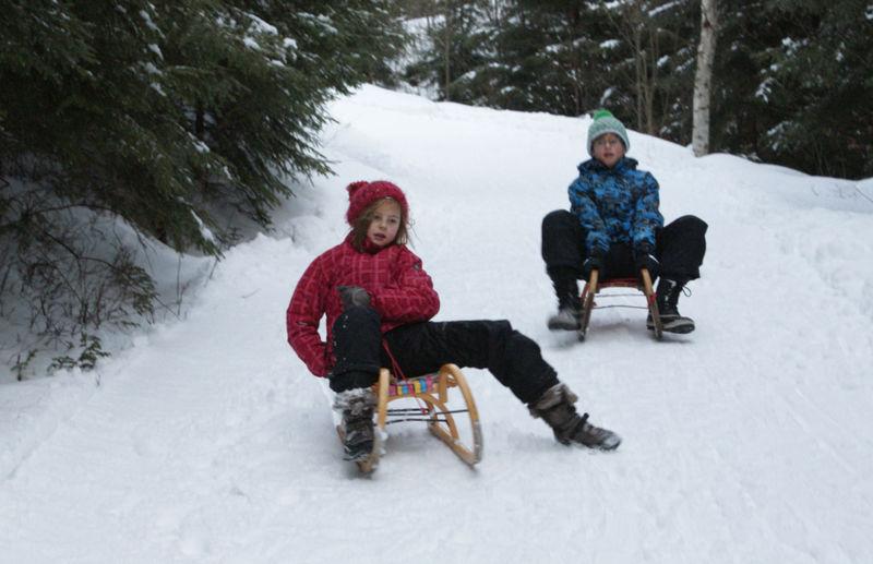 Winterspaß auf der Naturrodelbahn Brennes-Mooshütte im Bayerischen Wald