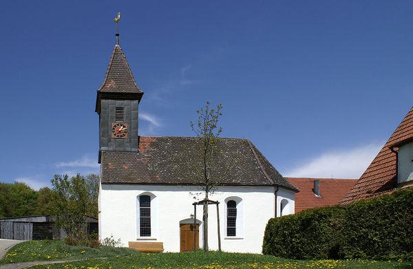Kirche St. Christoph und Margarethe in Berghülen-Treffensbuch