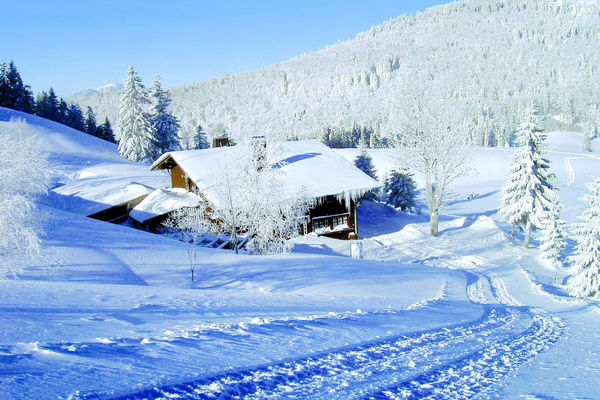 Bernau im Schwarzwald: Winteridylle an der Krunkelbachhütte auf 1294 Meter.