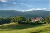 Blick auf den Wild-Berghof Buchet bei Bernried im Naturpark Bayerischer Wald