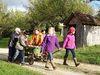 Freilichtmuseum Beuren: Kinder beim Mostfest