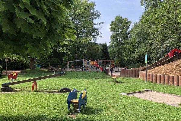 Spielplatz im Bexbacher Blumengarten