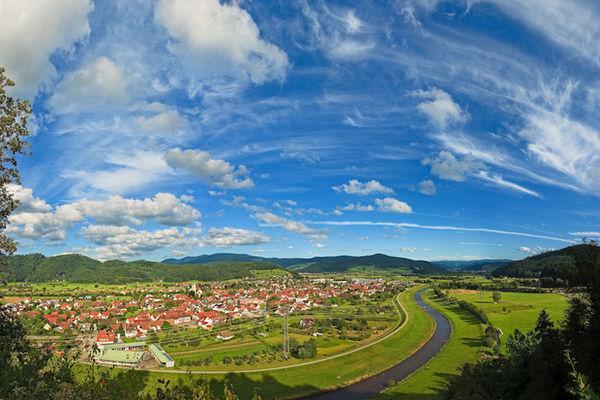 Blick auf Biberach/Baden und die Kinzig