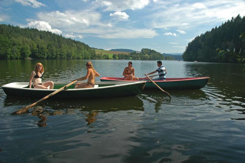 Bootfahren am Blaibacher See im Kötztinger Land