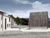 Blick auf das Konzerthaus in Blaibach - Entwurf des Architekten Peter Haimerl