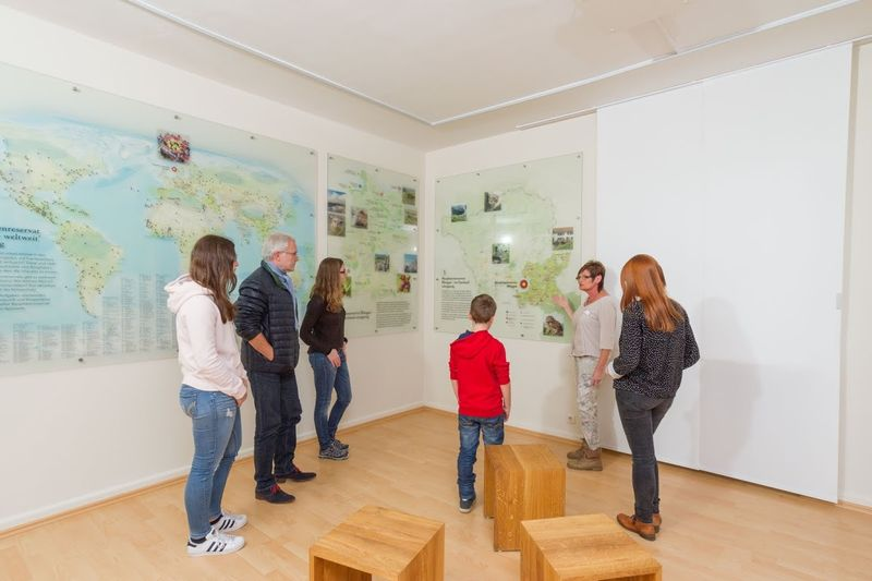 Innenraum der Tourist-Info Blieskastel