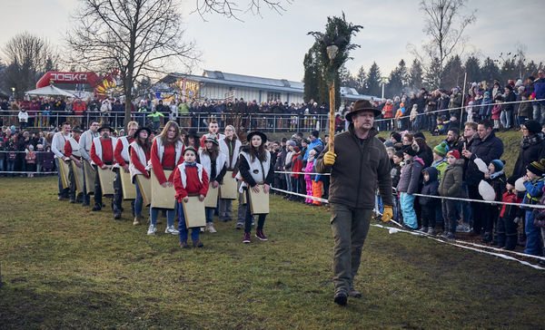 Eine alte Tradition im Bayerischen Wald: Perchten, hier im JOSKA Glasparadies Bodenmais