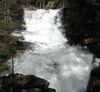 Besonders bei der Schneeschmelze bieten die Rißlochwasserfälle ein grandioses Naturschauspiel