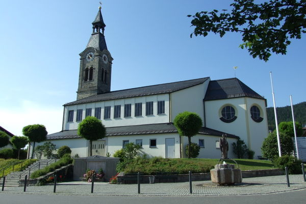 Die Böbracher Pfarrkirche ST. NIKOLAUS im ArberLand Bayerischer Wald