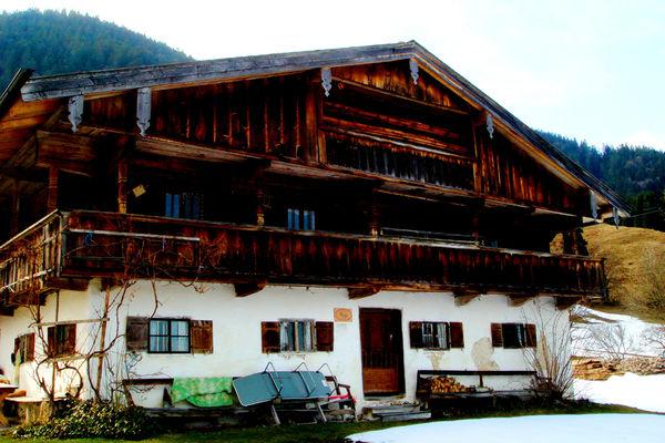 Historischer Gugghof bei Brannenburg: Ehemaliges Wohnhaus der Baumeisterfamilie Dientzenhofer