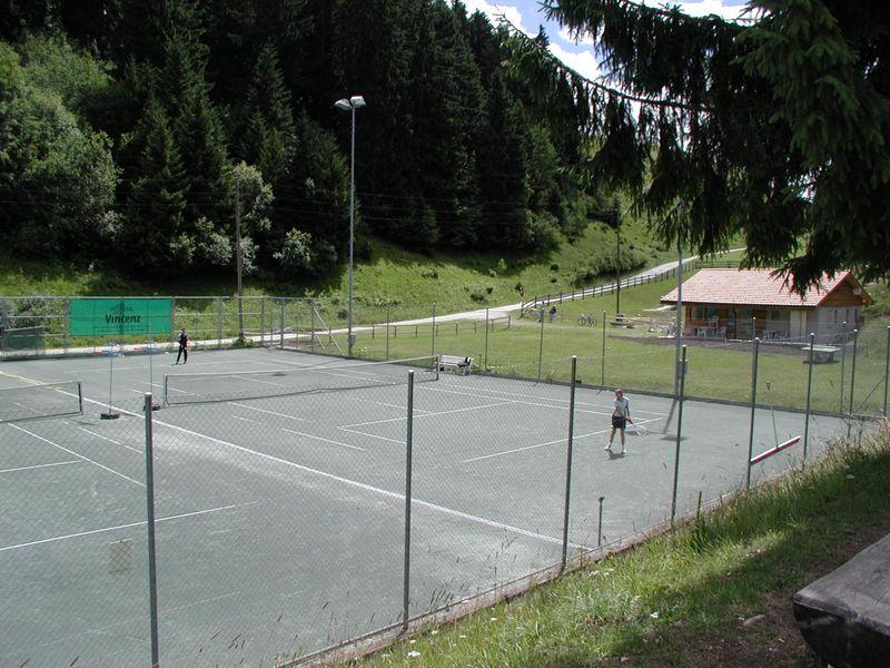 Tennisplätze Stretga Brigels