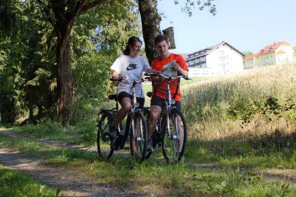 E-Bike-Radeltour mit dem Urlaubshotel Binder in Büchlberg