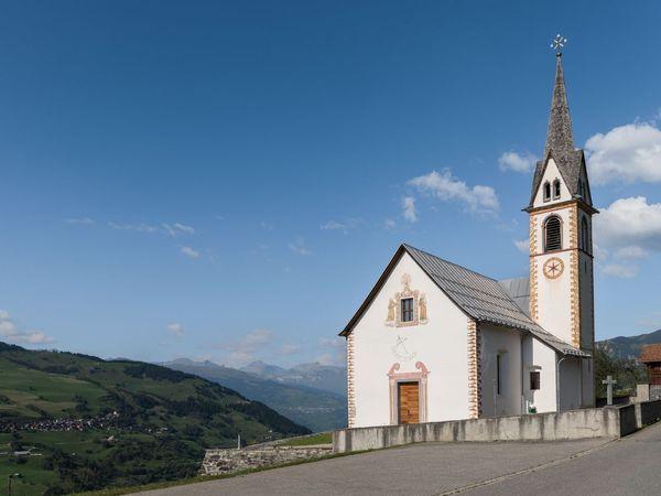 Kirche Sogn Gion, Camuns