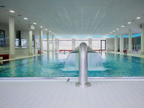 Badespaß beim Sprudel im Hallenbad Cham