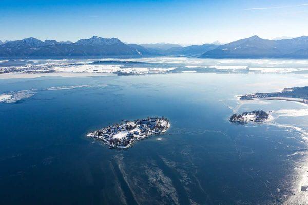Die Fraueninsel aus der Luft im Winter