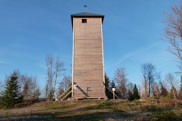 Lehenkopfturm, Aussichtsturm zwischen St. Blasien und Dachsberg auf dem 1039 hohen Lehenkopf.