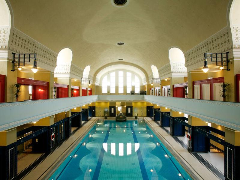 Darmstadt Swimming Pool jugendstilbad darmstadt region frankfurt rhein