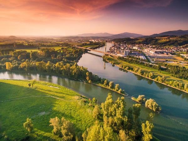 Die Isarmündung südöstlich von Deggendorf