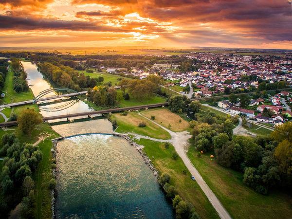 Die Isar bei Deggendorf im Sonnenuntergang