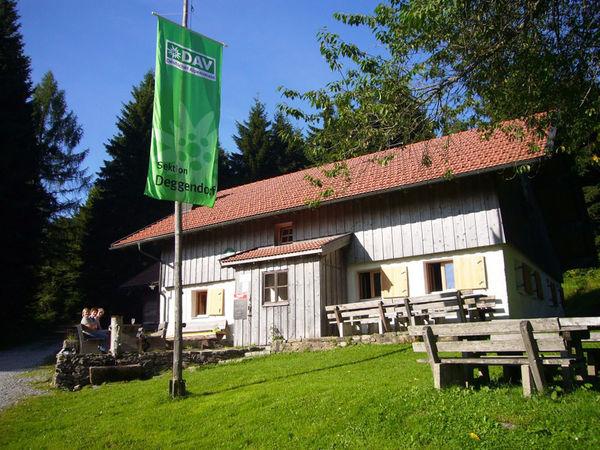 Hochwaldhütte des Deutschen Alpenvereins auf der Rusel bei Deggendorf