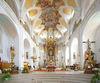 Innenbereich der Pfarrkirche Mariä Himmelfahrt in Deggendorf