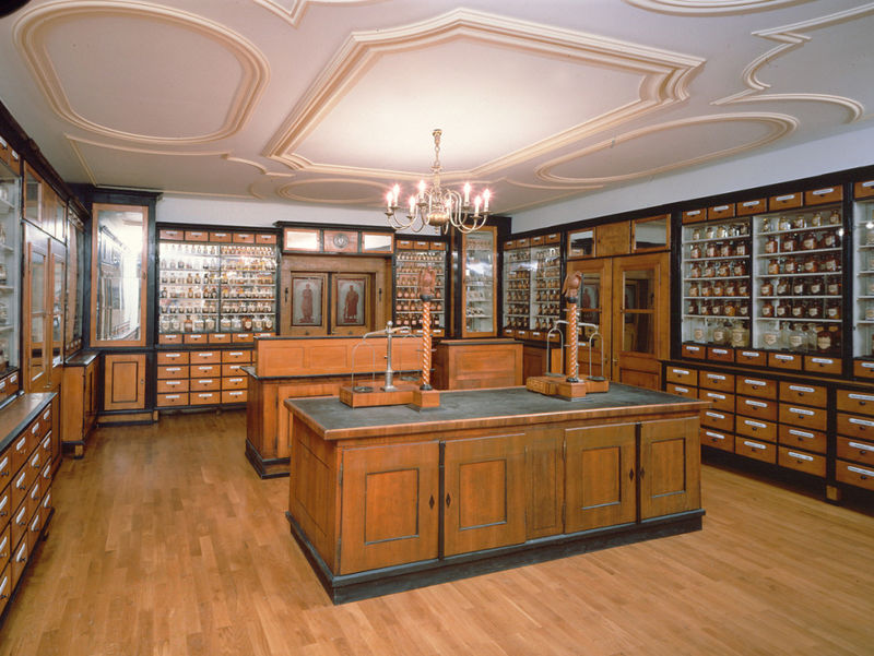 Apotheke aus vergangenen Zeiten im Stadtmuseum Deggendorf