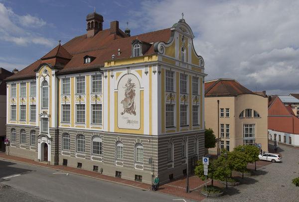 Blick auf das Stadtmuseum Deggendorf