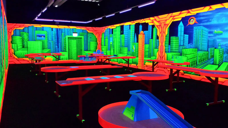 schwarzlichtpark das freizeit und unterhaltungscenter urlaubsland baden w rttemberg. Black Bedroom Furniture Sets. Home Design Ideas