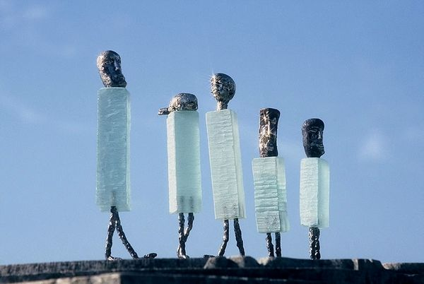 Gläserne Laufburschen in Glasgalerie Herrmann in Drachselsried