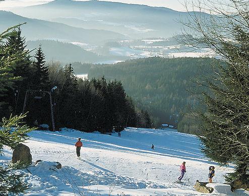 Familien-Skispaß beim Skilift Riedlberg bei Drachselsried
