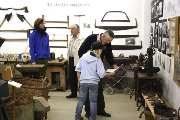 Ausstellungsraum mit Gerätschaften aus dem bäuerlichen Leben in Eching