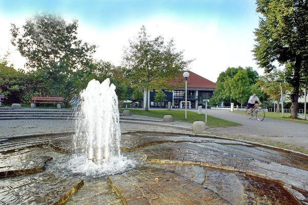 Beim Bürgerhaus von Eching