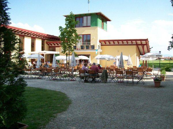 Hartseestüberl mit Kiosk und Biergarten