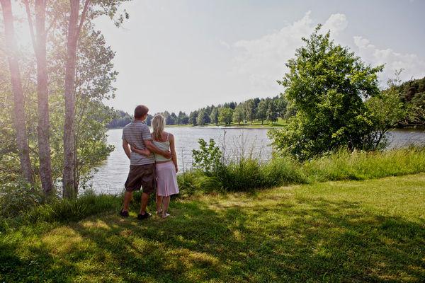 Blick über den Eginger See im Bayerischen Wald