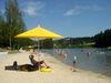 Badevergnügen am Eginger See mit mediterranem Sandstrand