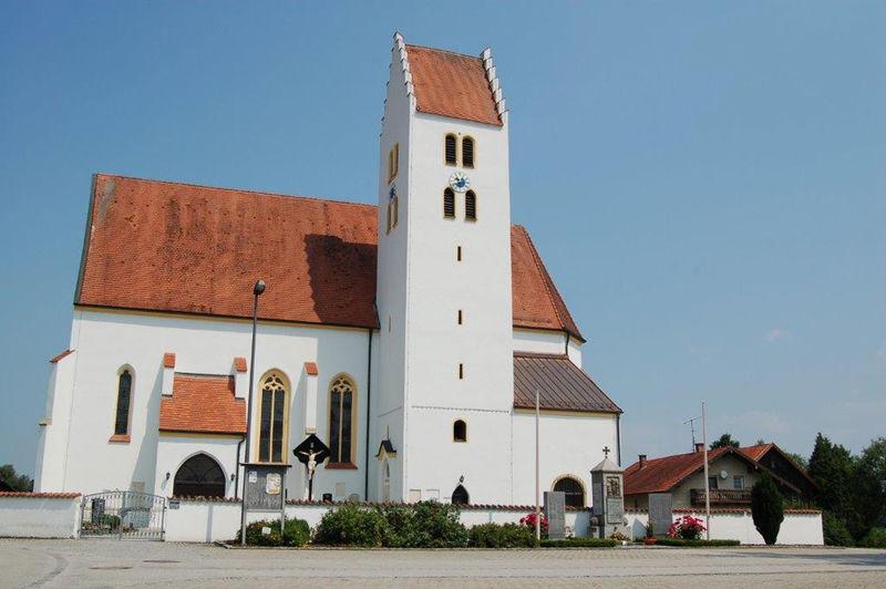 Kirche St. Laurentius Dornach bei Eichendorf