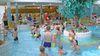 Wassersport mit Bällen im Inselbad Eisenhüttenstadt, Foto: Ute Schandert
