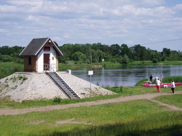 Pegelhäuschen bei Ratzdorf, Flusslandschaft Oder, Seenland Oder-Spree e.V.